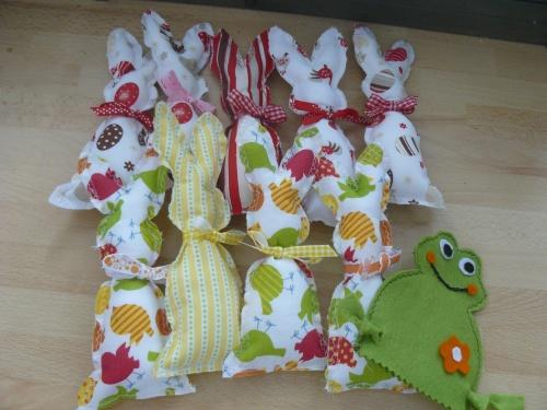 Osternähereien Hasen und Frosch
